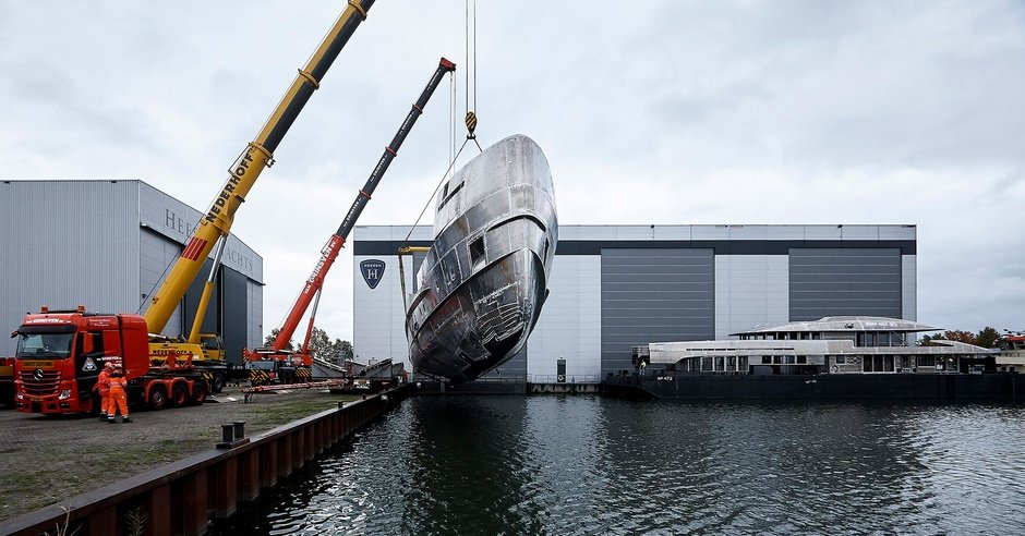 Big deal: hull and superstructure of the hybrid Heesen