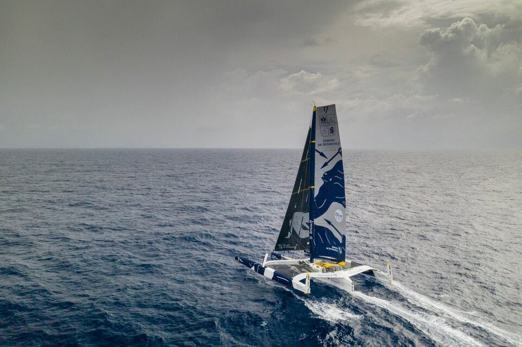 "Maxi Edmond de Rothschild ""width ="" 643 ""height ="" 367 ""data-caption ="" Maxi Edmond de Rothschild ""><p></noscript>The position on the distance is as follows. Trimarans entered the equatorial calm strip. The leader is still Maxi Edmond de Rothschild (skippers – Frank Camma and Charles Codrelier), followed by Macif (Francois Gabard / Gwenole Gaine), and the distance between them increases. At 9 am Moscow time on Sunday, it was already 76 miles. The Masif's speed is only 2.7 knots, while the Rothschild's is 15.2.</p><p>This is primarily due to the fact that on the eve of Macif, at the latitude of Cape Verde, I ran into an unidentified object, as a result of which the steering wheel feather of the main building was damaged. The crew was not injured upon impact and decided to continue the race, reach the coast of Brazil and make repairs in one of the local ports.</p><p>The third in the race is Sodebo Ultim 3 (Tom Coville / Jean-Luc Nelia), gradually approaching Macif and now lagging behind the leader by 94.4 miles. The closing fourth is the Actual Leader (skippers – Yves le Bleve / Alex Pella) – 295 miles behind.</p><p>Approximately 20 percent of the total distance covered. Recall that the trimarans will have to go around the Kagarras Islands (five kilometers from Rio) and head for South Africa, and reaching it, go around Robben Island (12 kilometers from Cape Town) – then turn back to Brest, where they are last Tuesday took off.</p><p>Brest Atlantiques Race Site –</p><p>https://www.brestatlantiques.com/</p><p> 64 Today # 9668<br />                                                     <br />       <br />     </pre><p>Chief Editor</p><div class="