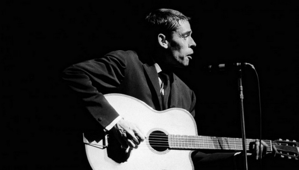 Jacques Brel. He chose the sea and freedom