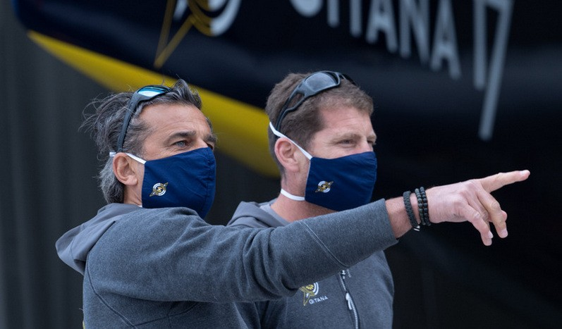 """Charlier Codrelier (right) and Frank Camma """"width ="""" 643 """"height ="""" 367 """"data-caption ="""" Charlier Codrelier (right) and Frank Camma """">                                                    <p>Recall that this prestigious trophy is awarded to those who were able to improve the record of a non-stop race sailing around the world. Since 2017, the record belongs to Francis Jouillon, who on the IDEC Sport maxi trimaran walked the globe in 40 days, 23 hours, 30 minutes and 30 seconds.</p> <p>""""The Zhuillon record is extremely difficult to beat,"""" says Frank Kamm. – Just imagine: you need to go around the world faster than 40 days! Nevertheless, Charles and I intend to do this, and we dream of a record at night. Although, of course, not everything depends on the trimaran and the crew – we are not able to control weather conditions. But all the more interesting! """"</p> <p>Six months ago, Kamm and Codrelier won the Brest-Atlantiques four maxi trimarans at the Maxi Edmond de Rothschild. It was planned that the repair would take about three months, but the Rothschild, due to the coronavirus, was just launched. Now that quarantine has been removed, you can begin crew training. And from November 1, the team will be in a state of complete combat readiness – in anticipation of the most favorable weather window.</p> <p>Yes, and we must also take into account that, quite possibly, a round-the-world duel of two trimarans will take place. According to some reports, the Sodebo Ultime 3 crew led by Tom Coville also intends to enter the fight for the Jules Verne Trophy.</p> </p> <p>                    110 Yesterday # 10185</p> </pre> <p>Chief Editor</p>  <span class="""