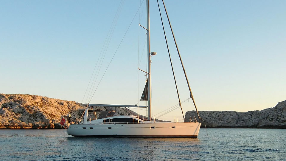 Pilot Saloon 47 demonstrates its strengths in calm weather